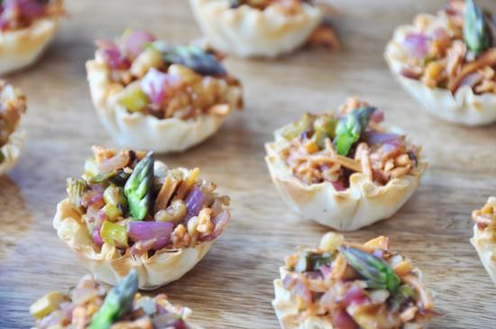 Vegan Caramelized Onion and Asparagus Cups