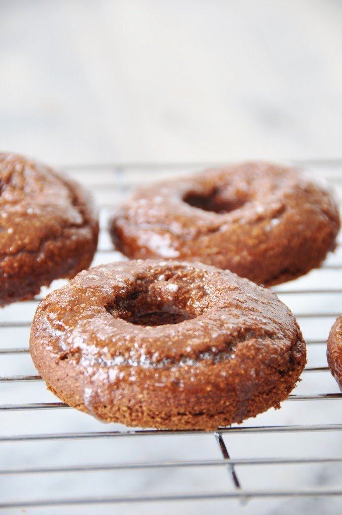 Baked Vegan Chocolate Peanut Butter Donuts