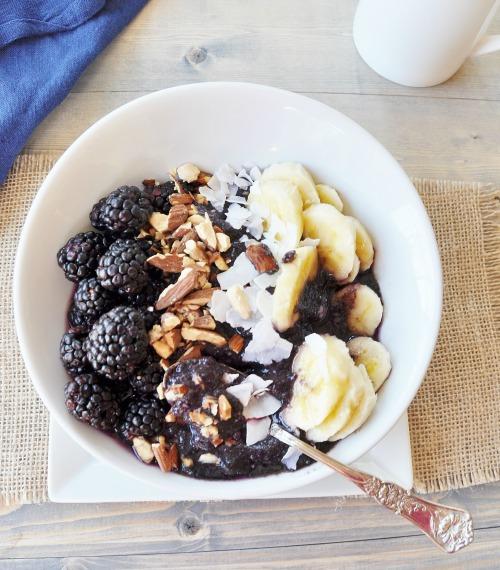 Vegan Berry Banana Bowl 5