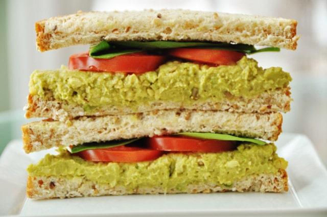 Curry-eggless-Salad