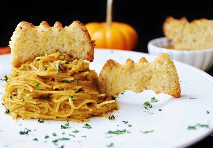 Vegan-Marinara-with-Quinoa-Pasta