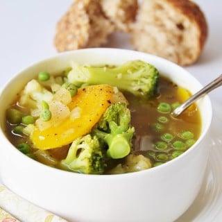 7-Ingredient-30-Minute-Vegetable-Soup