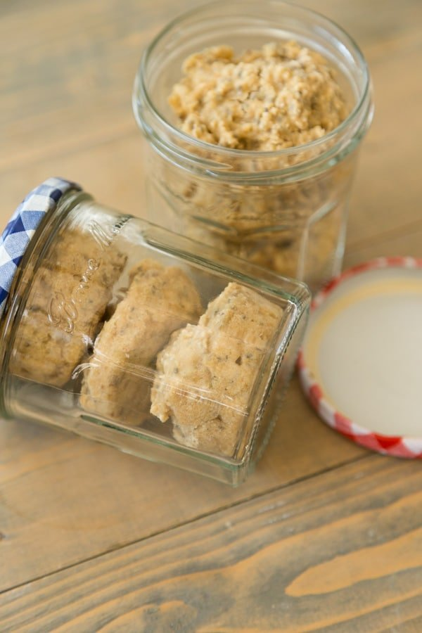 lemon earl grey oat bites in mason jars to eat when out and about