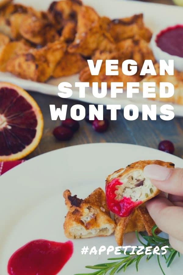 Homemade Vegan Wontons stuffed with ricotta and shiitake mushrooms! Delicious! #veganappetizers #wontons #vegan